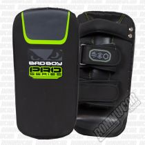 Bad Boy Pro Series 3.0 Curved Thai Pads Verde