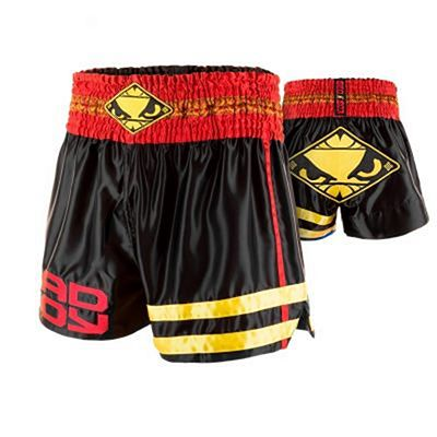 Bad Boy Tii Sok Muay Thai Shorts Nero-Rosso