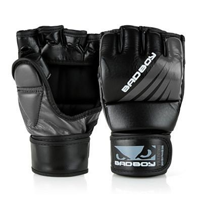 Bad Boy Training Series Impact MMA Gloves Negro-Gris