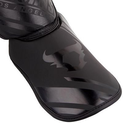 Ringhorns Nitro Shin Guards Insteps Black-Black