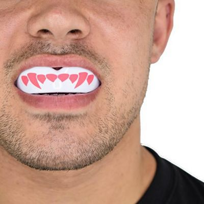 SafeJawz Extro Series Self-Fit Fangz Mouthguard White-Pink