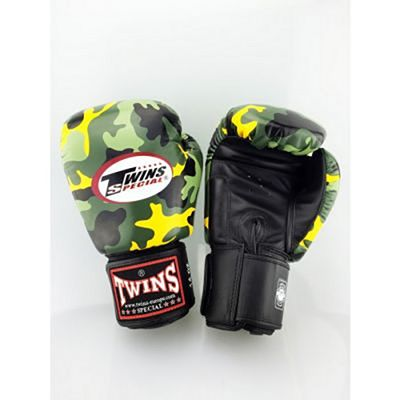 Twins Special Fantasy 7 Boxing Gloves Verde