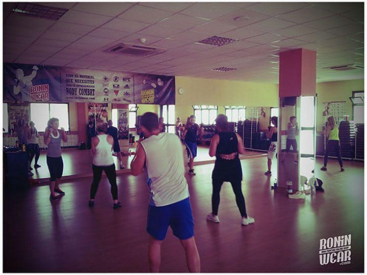 body combat en gimnasio valssport ciudad jard n de m laga
