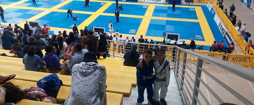 Clara Minimaquina gets the bronze medal in IBJJF Panam Kids 2017