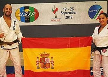 Medaglia d'argento a Héctor Sepúlveda nella polizia mondiale USIP